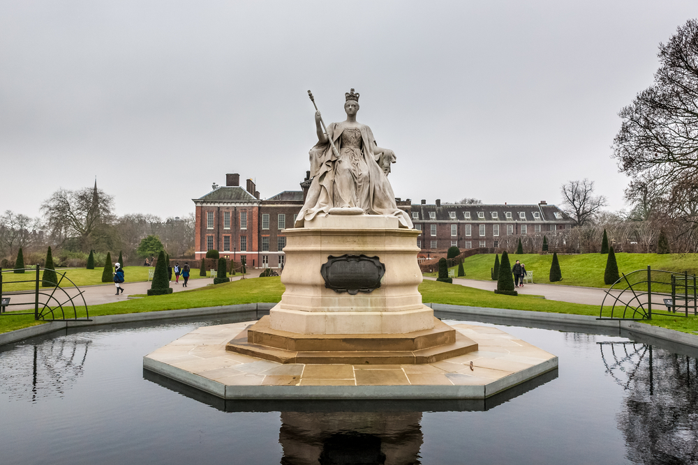 Kensington park and palace in London