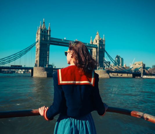 Boat Tours London